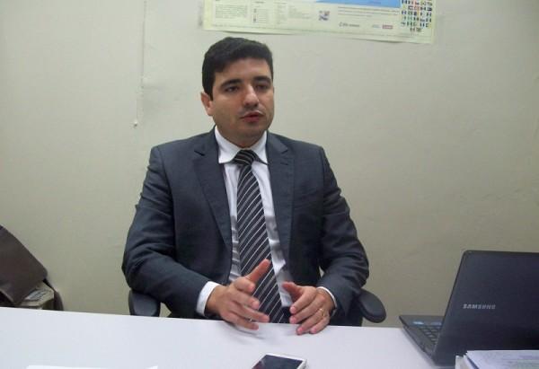 Procurador de Contas Rafael Alcântara